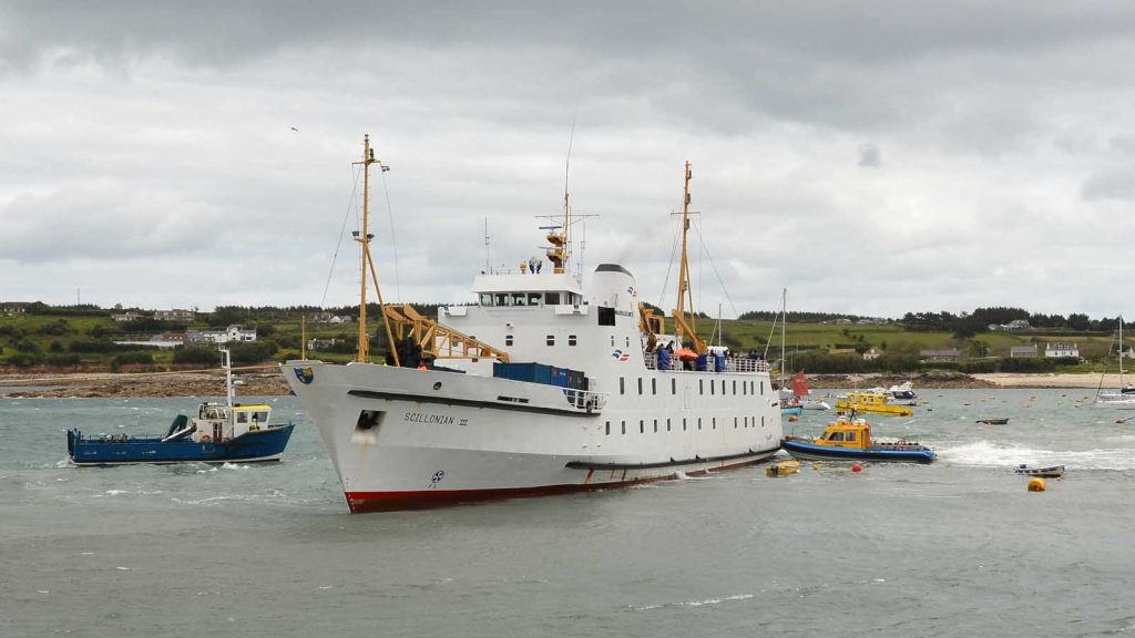scillonian runs aground 3