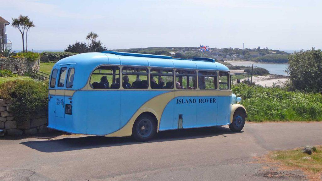 Island Rover bus at the entrance to Golf Course Lane
