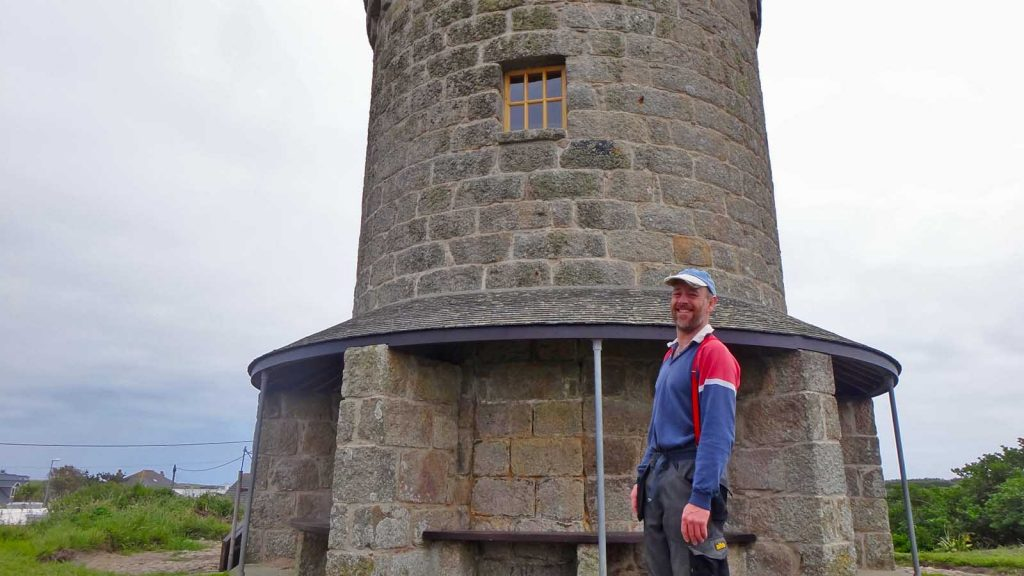 andrew coombes buzza tower 2