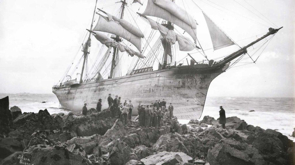 gibson shipwreck photo