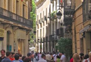 The Travel Show 1st August 2015 – Barcelona And The Pyrenees